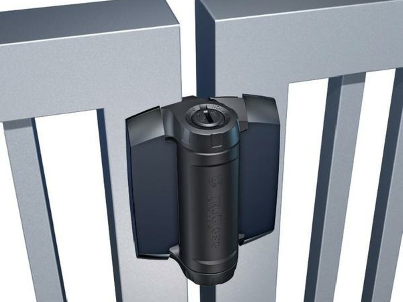 Self Closing Heavy Duty Hinges for high traffic areas and Pool Gates