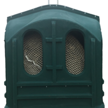 Hay Hut Covered Horse Feeder